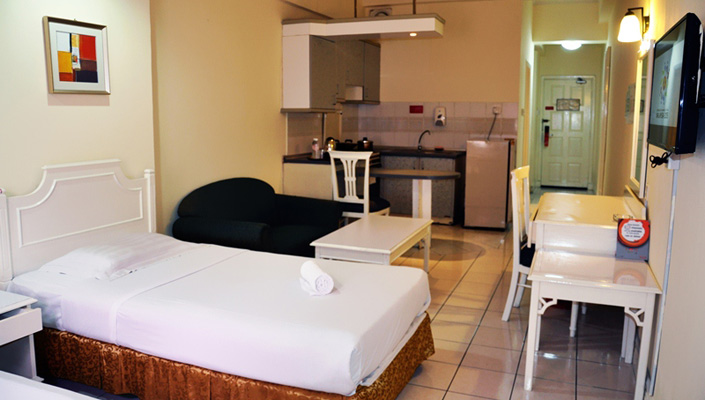 Promenade Service Apartments Are Ideal For Budget Travelers And Backpackers  With The Basic Comforts Of A Home.